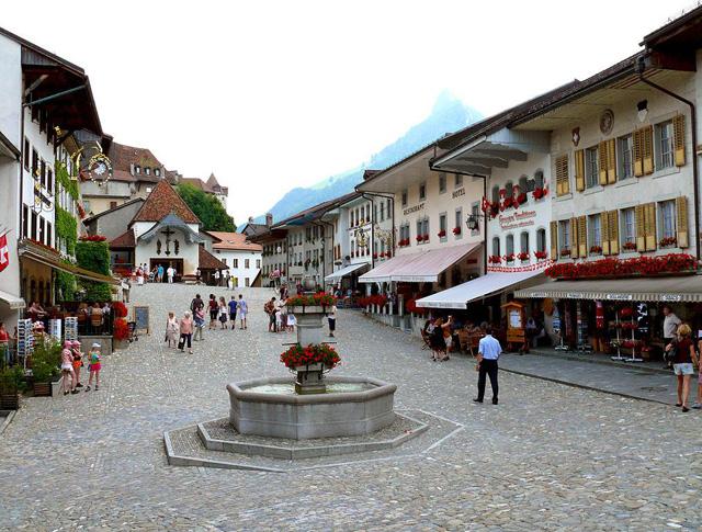 Gruyeres, İsviçre