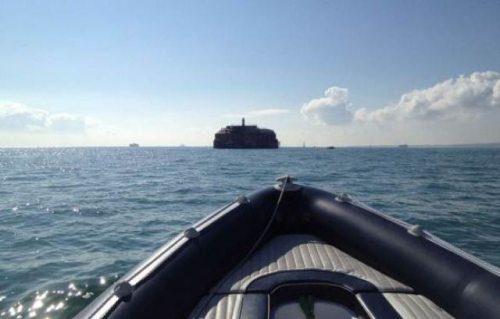 Spitbank Fort Adası