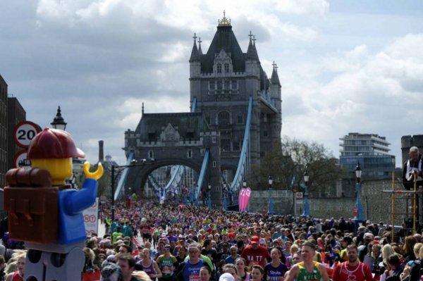 Tower Köprüsü - Londra Maratonu Sırasında