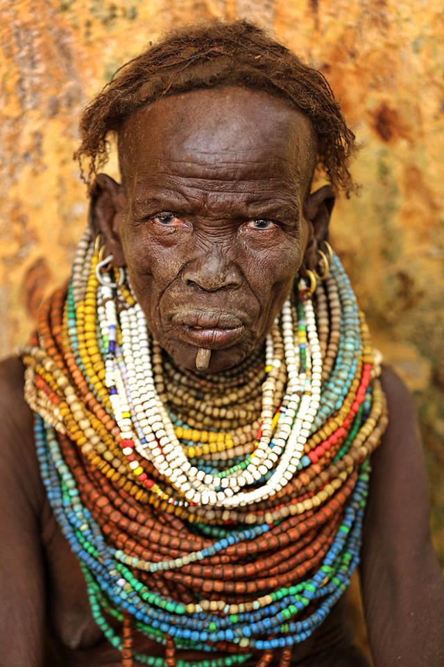 Nyangatom Kabilesinden Kadın Portre Fotoğrafı
