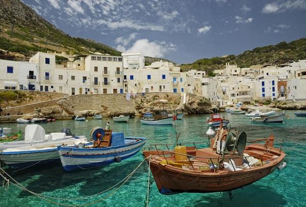 Cala Dogana, Levanzo, Sicilya