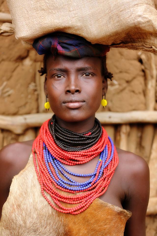 Dassanech Kabilesinden Kadın Portre Fotoğrafı