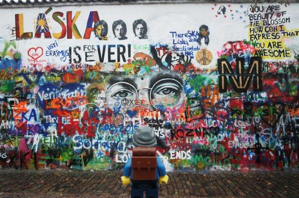 Lennon Duvarı - Prag