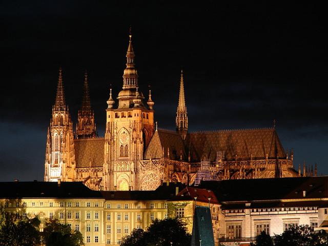 Çekya başkenti Prag\'da bulunan muhteşem bir kale